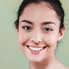 girl-with-white-teeth
